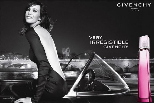 liv-tyler_givenchy