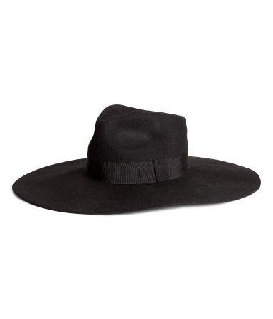 Széles karimájú kalap (H M – 5 990 Ft) hm hat 70d60d5b1a