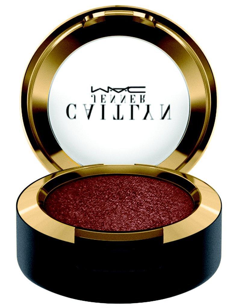c272254cd9 Szemhéjpúder három árnyalatban kapható, Glowing Gold Metálos arany, Malibu  Bronze Bronzos barna és Worthy Szilva színekben, valamint egy intenzív  bronz ...